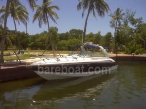 bareboat motoryacht