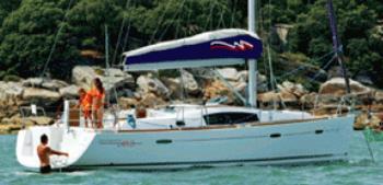 Beneteau 41.3 bareboat profile