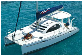 Robertson and Caine 4000 catamaran profile